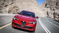 Alfa Romeo Stelvio Quadrifoglio: supercar travestita da SUV [VIDEO] - Immagine: 5