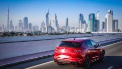 Alfa Romeo Stelvio Quadrifoglio: supercar travestita da SUV [VIDEO] - Immagine: 8