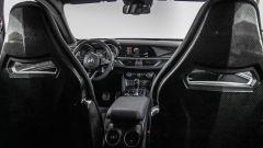 Alfa Romeo Stelvio Quadrifoglio: supercar travestita da SUV [VIDEO] - Immagine: 16
