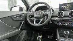 Prova Audi Q2 35 TFSI S tronic S line: abitacolo rifinito con cura