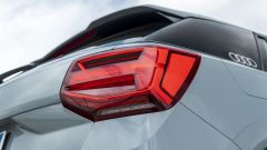 Prova Audi Q2 35 TFSI S tronic S line: gruppi posteriori a LED