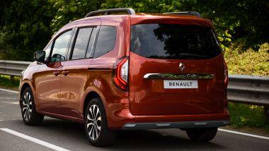Prova di Renault Kangoo 2021: visuale di 3/4 posteriore