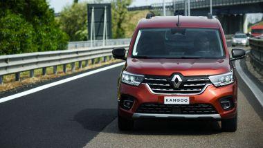 Prova di Renault Kangoo 2021: visuale frontale