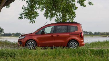 Prova di Renault Kangoo 2021: visuale laterale