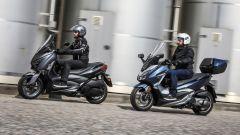 Prova: Honda Forza 300 e Yamaha X-Max 300 a confronto