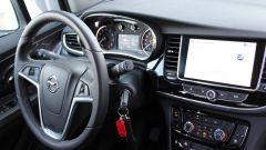 Opel Mokka X GPL Tech Innovation: anche gasata, la crossover va liscia - Immagine: 22