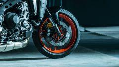 Yamaha MT-09 2021: più matura, sempre fun. La prova su strada in video - Immagine: 9