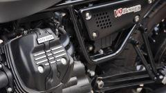 Moto Guzzi V9 Bobber sfida Triumph Street Twin - Immagine: 9