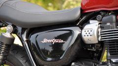 Moto Guzzi V9 Bobber sfida Triumph Street Twin - Immagine: 20