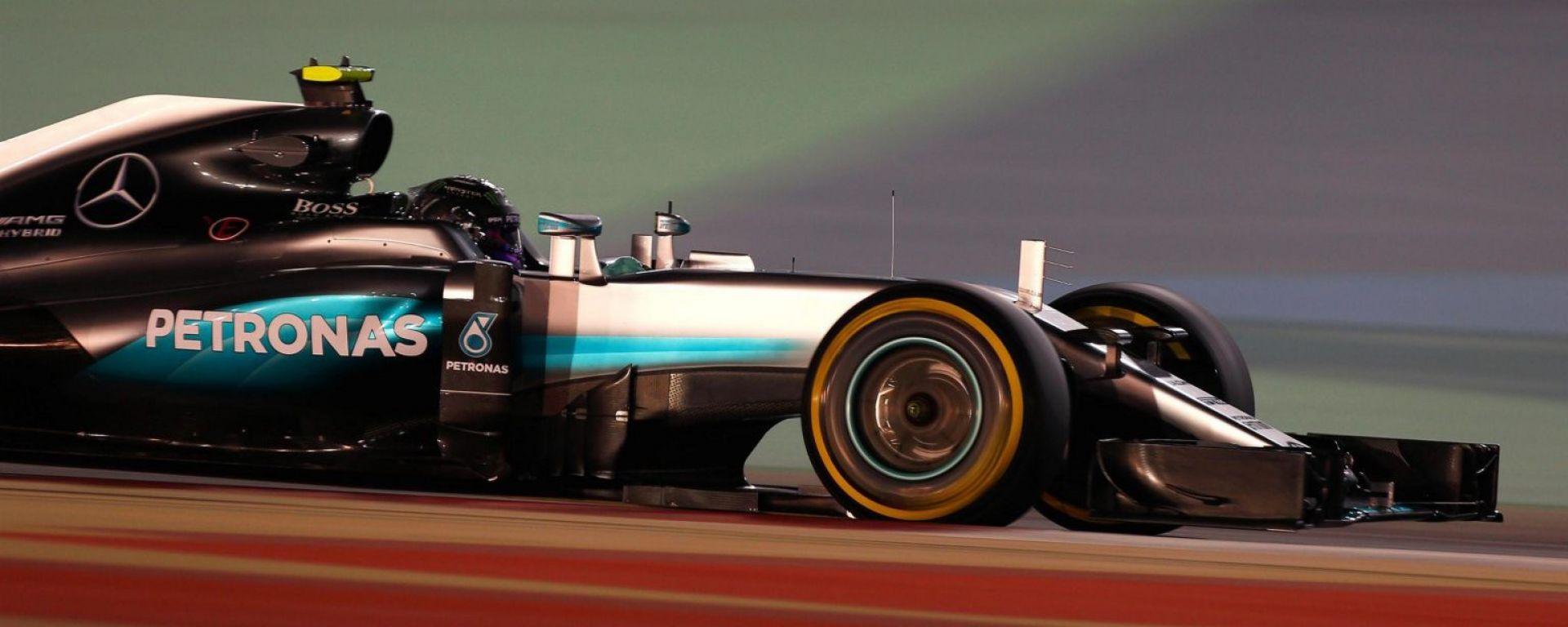 F1 GP Bahrain: Rosberg 1°, la Ferrari tradisce Vettel