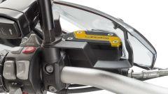 Puig: i deflettori laterali e il tappo del serbatoio fluido freno per BMW R 1250 GS