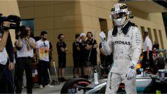 F1 GP Bahrain: Pole Position Hamilton, Vettel terzo nelle qualifiche - Immagine: 1
