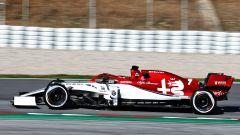 Raikkonen in azione durante i test F1 di Barcellona