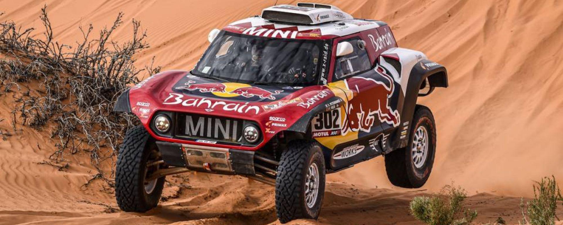 Rally Dakar, tappa 6: Peterhansel e Brebec protagonisti di giornata