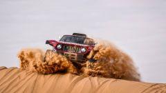 Rally Dakar, tappa 6: Peterhansel e Brebec protagonisti di giornata - Immagine: 6