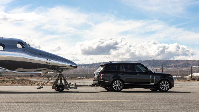Range Rover Astronaut Edition traina SpaceShipTwo