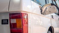 Range Rover elettrica by E.C.D. Automotive Design: il bocchettone di ricarica