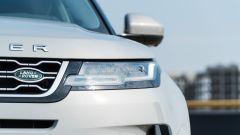 Range Rover Evoque 2019: dettaglio del gruppo ottico anteriore
