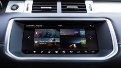 Range Rover Evoque Cabrio, lo schermo è da 10.2''