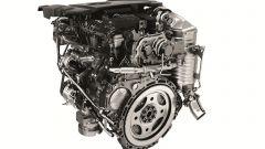 Range Rover Sport 2017, motore due litri turbodiesel Ingenium da 240 cv