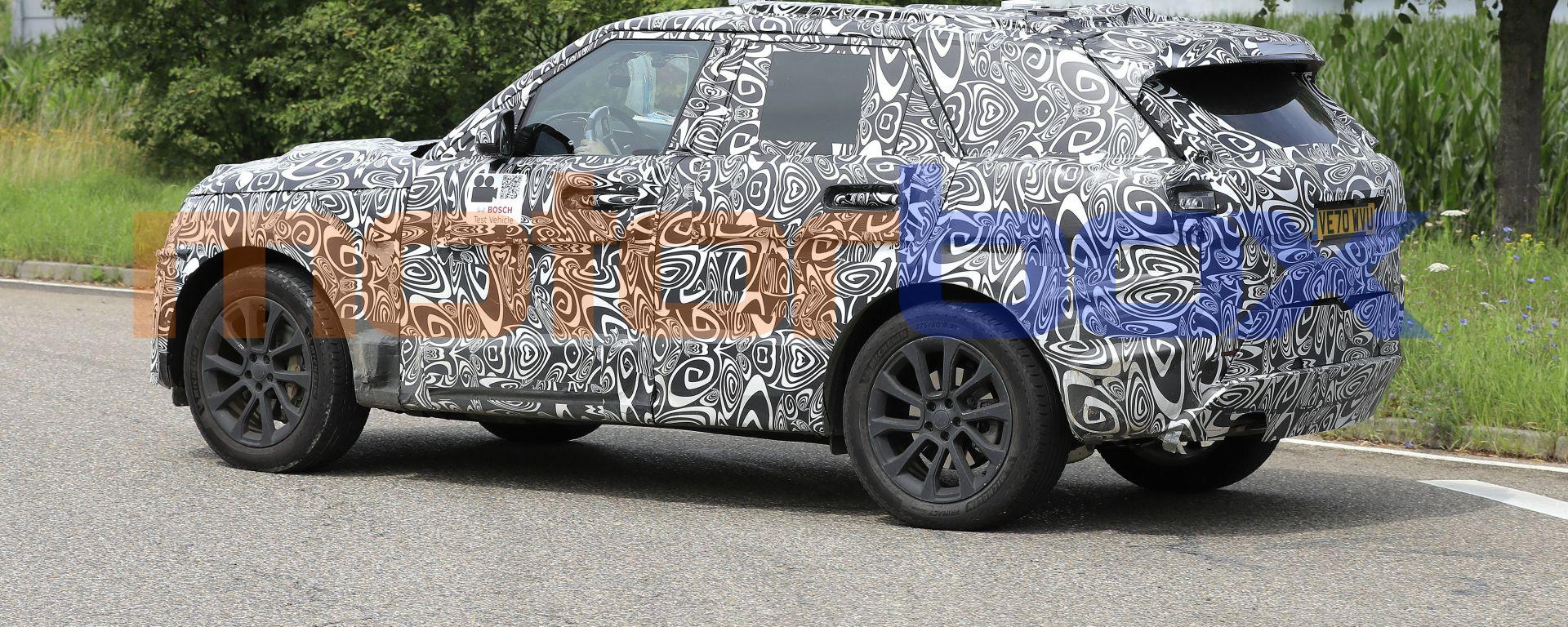 Range Rover Sport 2022, nuove foto spia