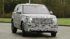 Range Rover Sport 2022: visuale di 3/4 anteriore
