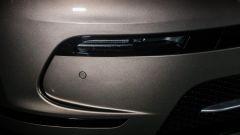 Range Rover Velar: dettaglio dei sensori di parcheggio