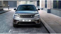 Range Rover Velar, il paraurti con gli artigli spunta a partire dall'allestimento intermedio