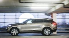 Range Rover Velar: la linea è da super station wagn