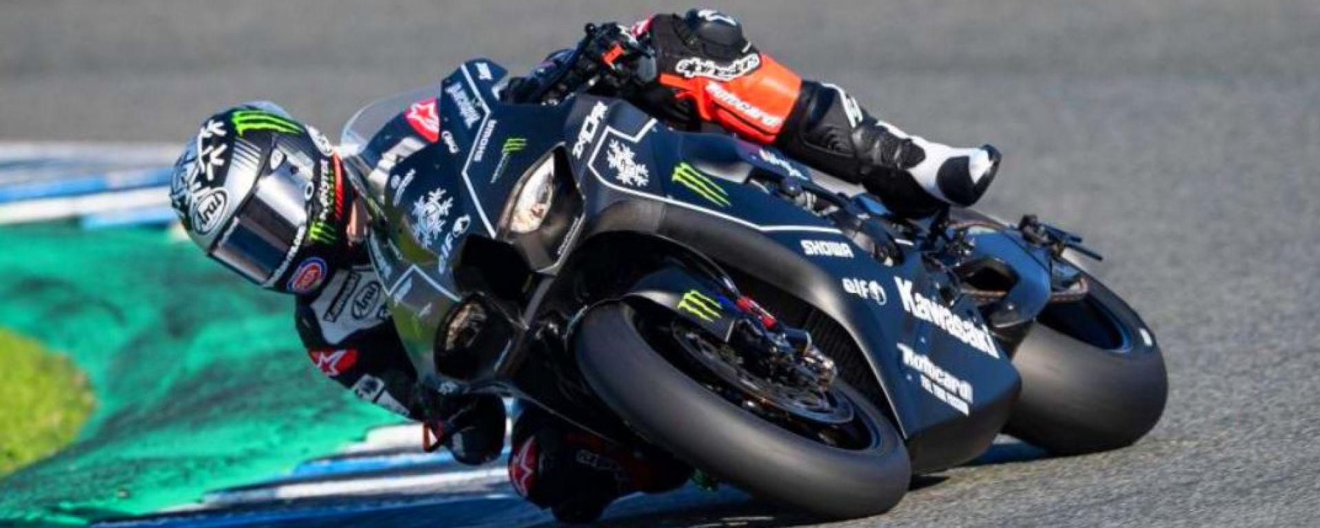 Rea in azione a Jerez in sella alla nuova Kawasaki ZX-10RR 2021