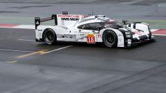Record a Spa per la Porsche LMP1. Battuta la Mercedes di Hamilton - Immagine: 2