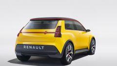 Renault 5: visuale di 3/4 posteriore