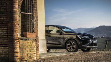 Renault Arkana: stile sportivo e praticità da crossover