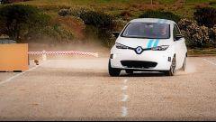 Renault Callie a guida autonoma sfida i  piloti veri - Immagine: 1
