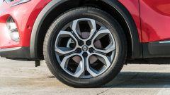 Renault Captur 2019, dettaglio della ruota anteriore