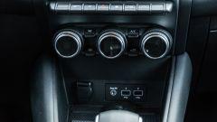 Renault Captur 2019, i comandi del climatizzatore