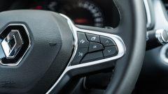 Renault Captur 2019, i comandi del vivavoce e del display della strumentazione (cluster)