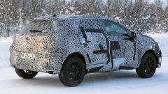Renault Captur 2019, prime foto spia. Ecco come sarà - Immagine: 8