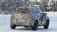 Renault Captur 2019, altre foto spia. Ecco come sarà - Immagine: 13