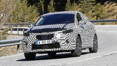 Renault Captur 2019, altre foto spia. Ecco come sarà - Immagine: 7
