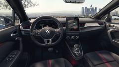 Renault Captur E-Tech Hybrid: interni, l'abitacolo