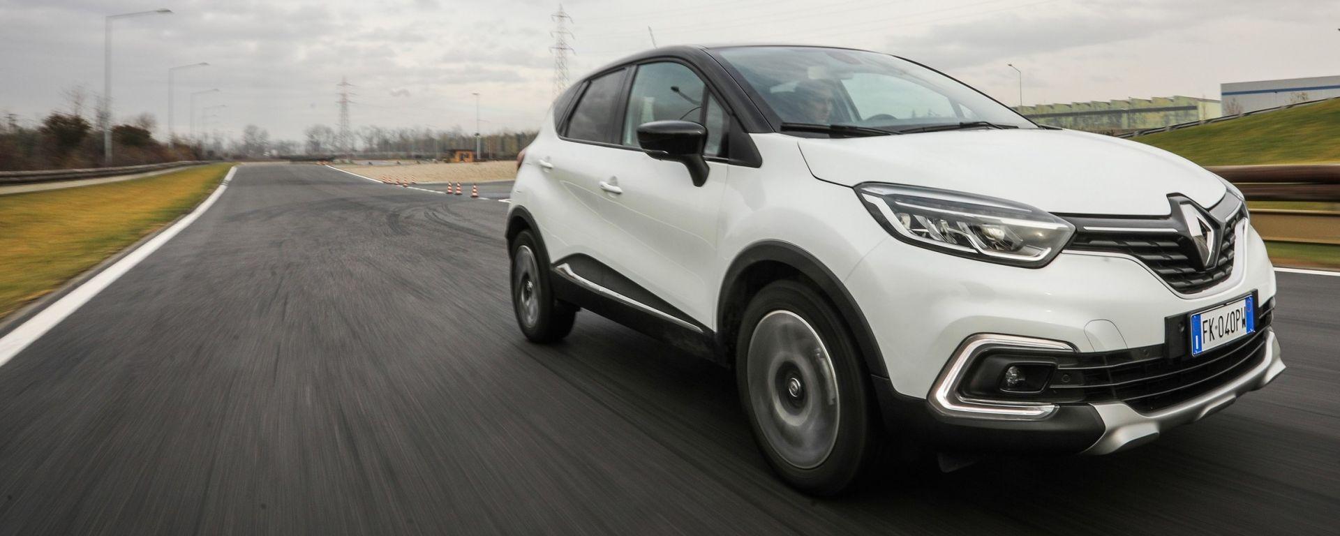 Renault Captur: la prova su strada del SUV compatto