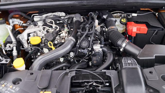 Renault Captur, il motore