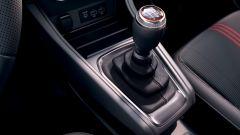 Renault Captur R.S. Line: la leva del cambio in versione manuale