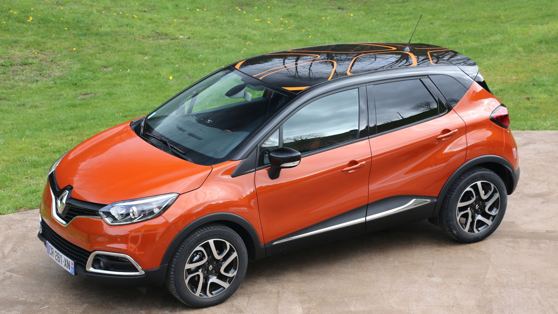 test drive renault captur tce 120 cv edc motorbox. Black Bedroom Furniture Sets. Home Design Ideas