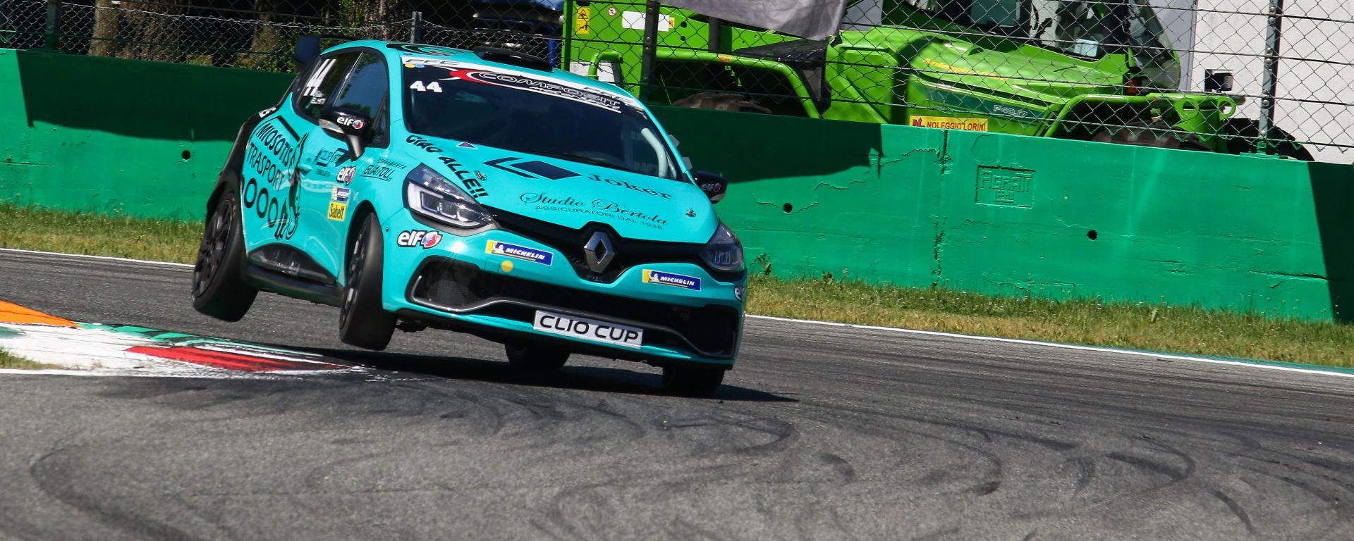 Renault Clio Cup Italia 2019, Felice Jelmini ha dominato il weekend di Monza