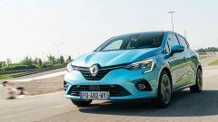Renault Clio E-Tech, full hybrid al quadrato