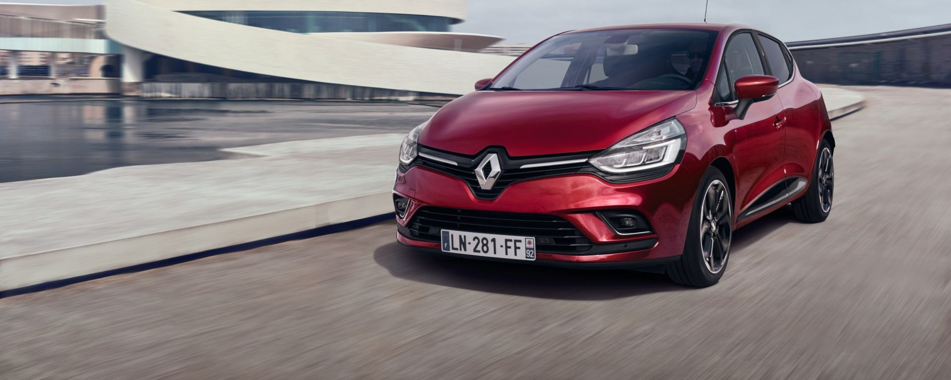 Renault Clio restyling: nel frontale è forte la somiglianza con la Mégane