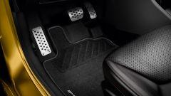 Renault Clio RS vs Subaru BRZ  - Immagine: 8