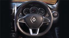 Renault Duster 1.3 turbo benzina, il volante